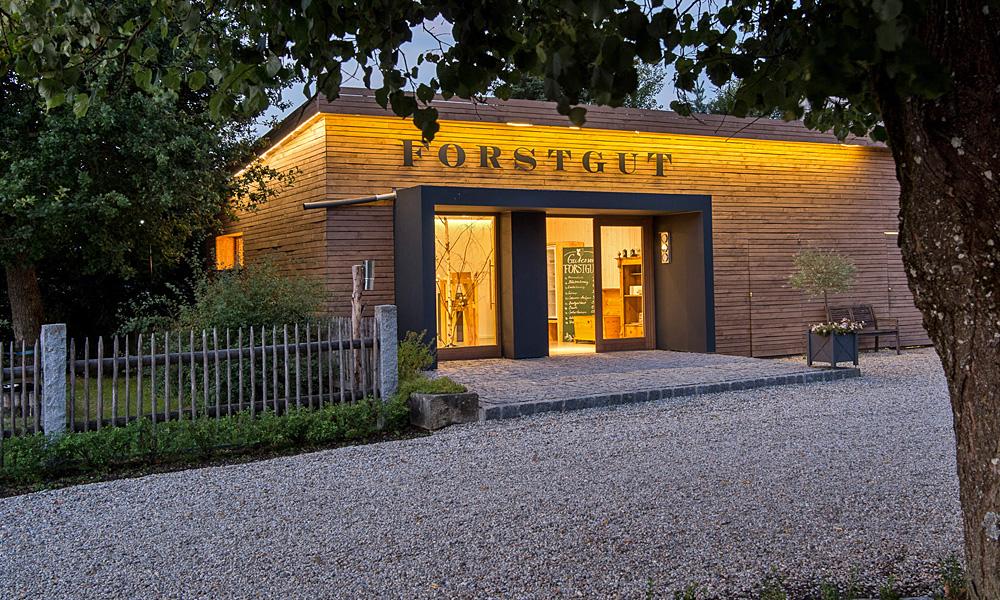 forstgut luxus chalets ferienh user im bayerischen wald. Black Bedroom Furniture Sets. Home Design Ideas